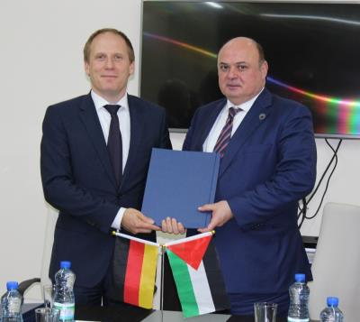 The Palestinian Deposit Insurance Corporation and the Ministry of Finance sign a cooperation agreement with the German Development Bank